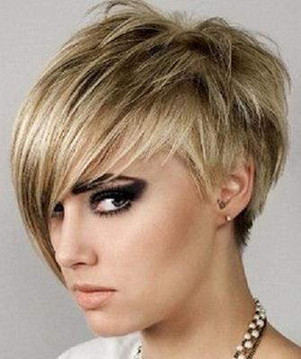 Самые модные женские короткие стрижки на короткие волосы 35
