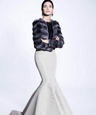 Вечерние платья 2019 года  фото модных и красивых моделей на зиму ... c7c220b4a30