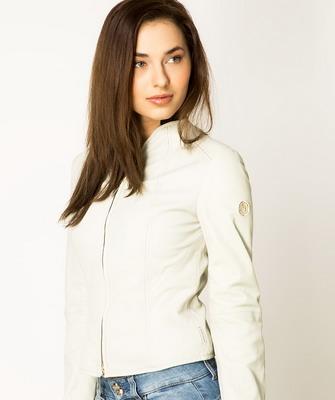 Стильные кожаные куртки женские с фото c4394ce1bc0