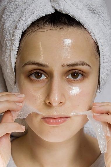 Желатиновые маски для лица в домашних условиях