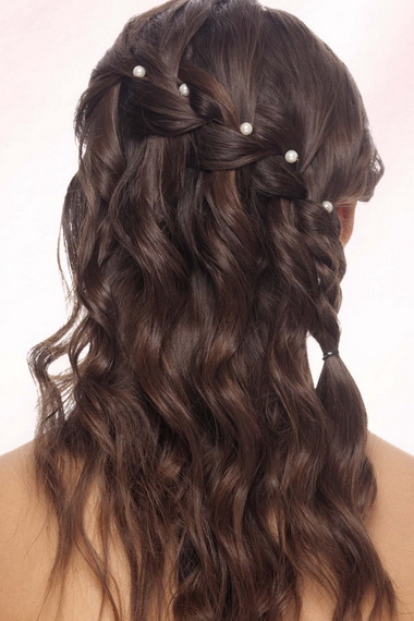 праздничная прическа для средних волос пошаговая инструкция
