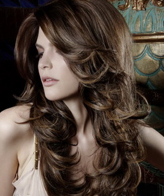 Прически на кучерявые длинные волосы