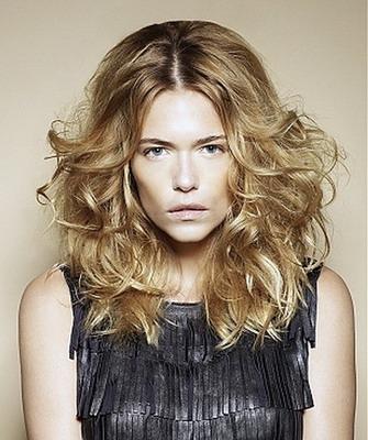 Как и чем сделать волосы волнистыми 33