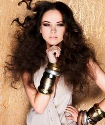 Челка на вьющиеся волосы