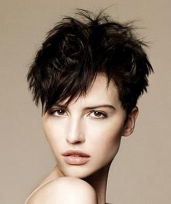 Женские причёски для жёстких волос