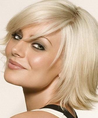 Стрижка каприз фото на средние волосы
