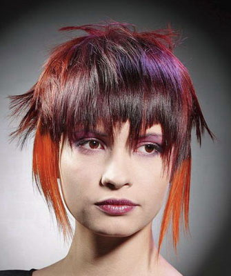 Рваная стрижка на средние волосы