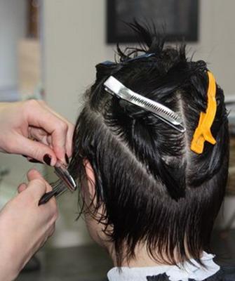 Виды каскадных стрижек с челкой и без, фото стрижек каскад каре и лесенка