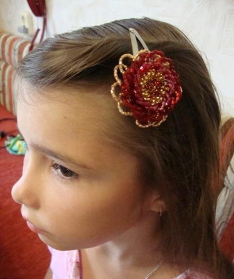 Как сделать заколки для волос своими руками из цветов и бисера: оригинальные украшения для волос
