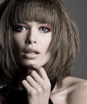 Стрижка двойное каре: фото и видео красивой стрижки на средние и длинные волосы