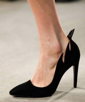 61aa76df6 Красные туфли-лодочки культовая вещь в мире моды – Блог о рукоделии и моде