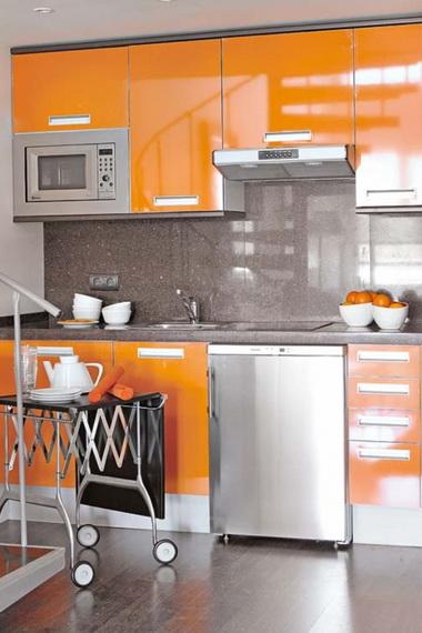Уход за столешницей: как очистить и чем мыть столешницу на кухне