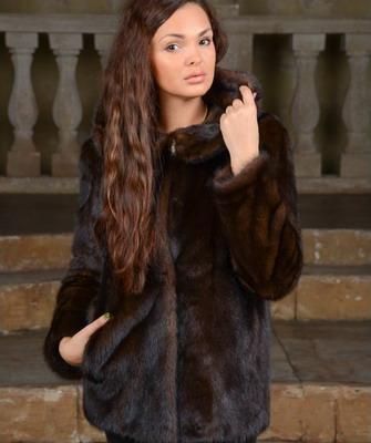 Модные модели норковых шуб 2015-2016: укороченные фасоны