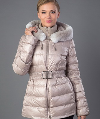 Что лучше купить на зиму из верхней одежды женской