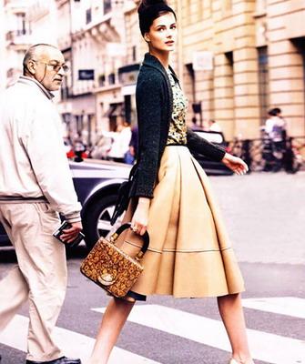 Какую обувь одеть с платьем миди