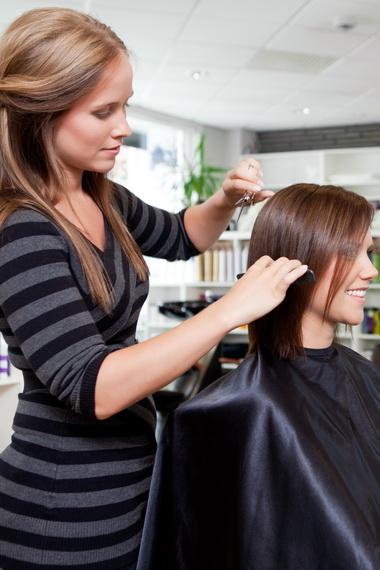 Волосы обстричь