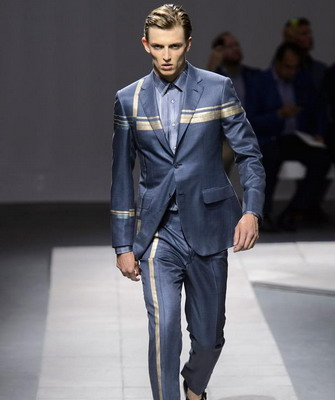 5ba8a0c356d Brioni (Бриони) – самый престижный и дорогой бренд итальянской одежды для  мужчин. Он был основан в 1945 году в Риме известным портным Назарено  Фонтиколи
