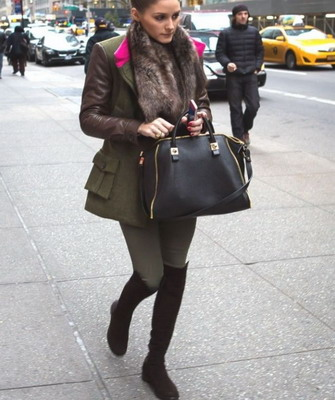фото с чем носить ботфорты на низком каблуке