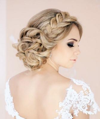 Плетения и косы в свадебных прическах невест
