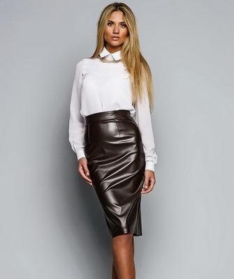 Образ с юбкой с завышенной талией