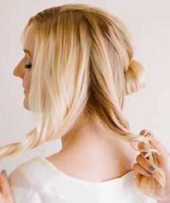 как красиво заколоть волосы в пучок фото