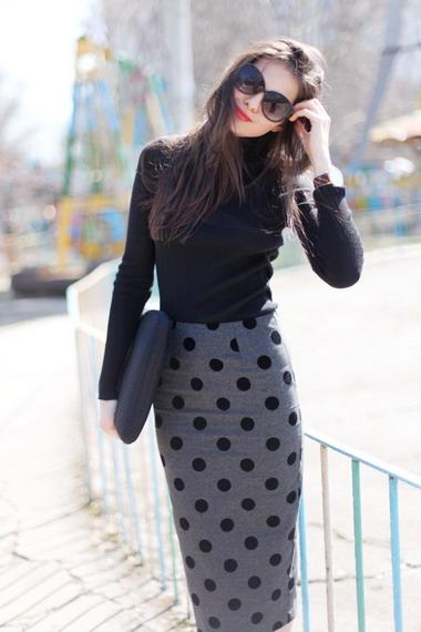 90c1471a323 С чем носить трикотажные юбки разной длины и цветов