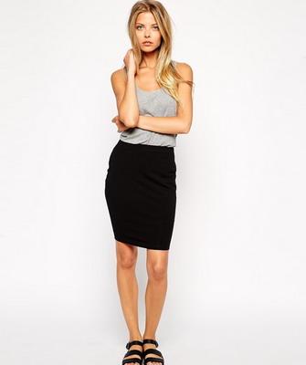 Черная трикотажная юбка фото