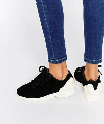Самые модные женские кроссовки 2019 года – это именно повседневная,  уличная, а иногда даже нарядная обувь. Тем более, что даже спортивный стиль  сегодня ... dad49026033