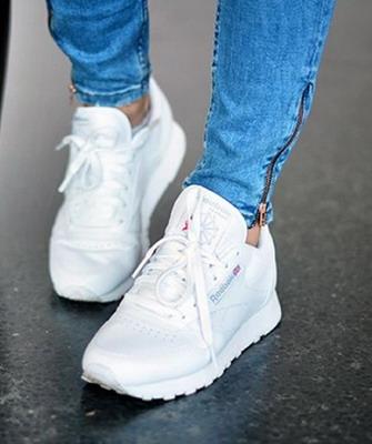 2d2311f8 Такие как на фото самые модные женские кроссовки 2019 года не оставят  равнодушными никого: