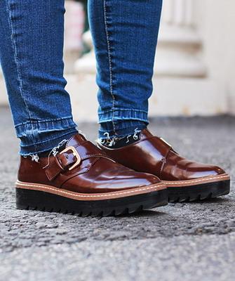 d9225131c Daniel Hechter так же входит в список брендов немецкой обуви, работающих в  премиальном сегменте. Марке удалось объединить в своих коллекциях  знаменитое ...