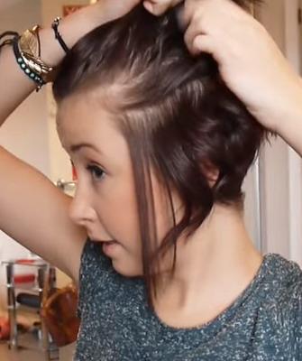 Легкие локоны на короткие волосы утюжком
